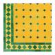 Table en zellige carrée 90/90 vert fond jaune sur pied simple fer plein